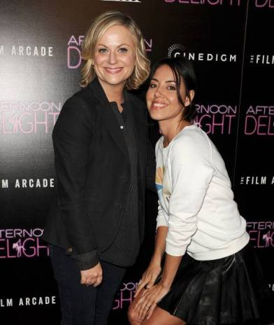 Amy Poehler and Aubrey Plaza