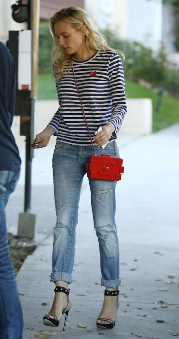Diane Kruger Lego Chanel bag
