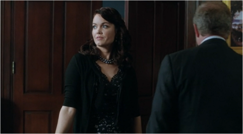 Scandal 3.04 definat Mellie in black