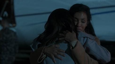 Scandal 3.09 hug