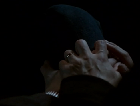 The Americans 2.01 hands