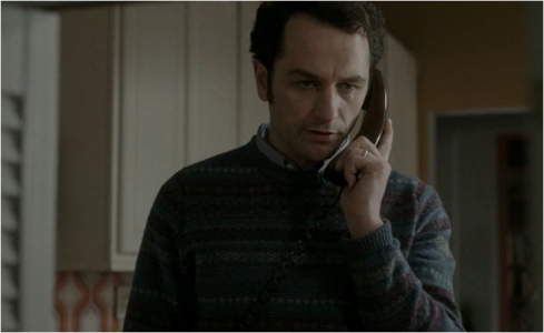 The Americans 2.03 dad sweater