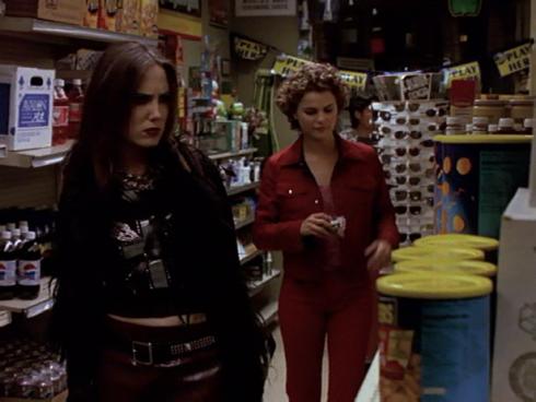 Felicity 2.21 drunk shopping