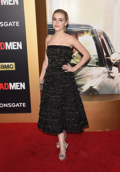 Kiernan Shipka black and red ball