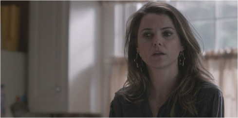 The Americans 3.10 star earring