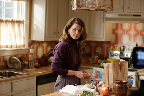The Americans 3.11 Elizabeth kitchen