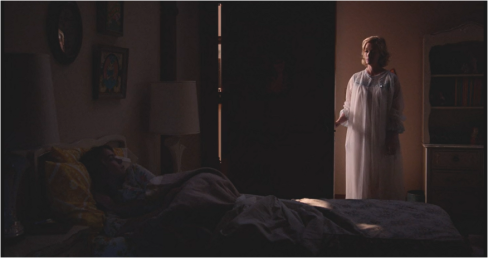 Mad Men 7.13 Betty nightdress