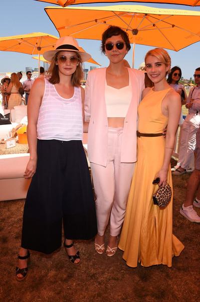 Maggie Gyllenhaal, Ruth Wilson, Emma Roberts