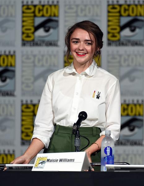 Maisie Williams Comic Con
