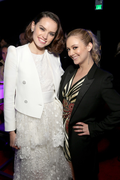 Daisy Ridley and Billie Lourd