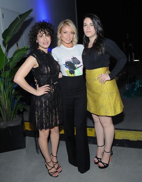 Abbi Jacobson, Ilana Glazer, Kelly Ripa
