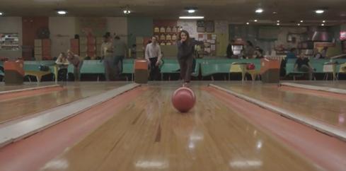 The Americans 4.04 Elizabeth bowling