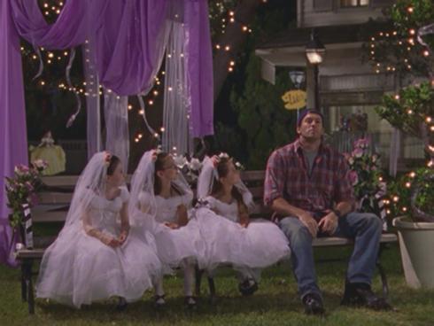 Gilmore Girls 2.02 Luke and mini brides