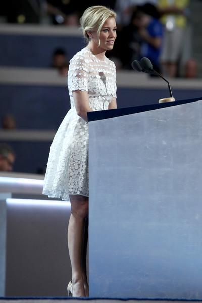 Elizabeth Banks DNC