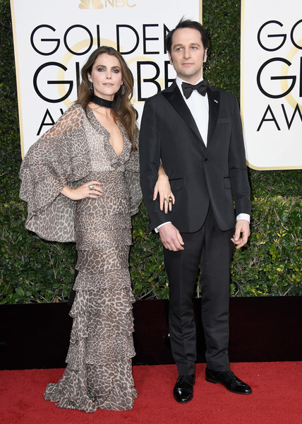 keri-russell-and-matthew-rhys